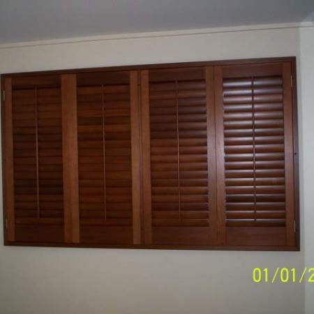 Lisa also used the same concept in the dining room. Western Red Cedar can soften the feeling of any room in any house. Sliding Bi-fold Western Red Cedar shutters are designed so you have control of the light and air flow in your home; perfect for brightening up the room or dimming the room when needed.
