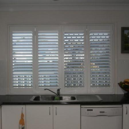 Denise and Allen chose plantation shutters for their lovely home, painted in a Silk White with a 64mm blade size. They have added these kind of shutters throughout their home therefore making every window a feature window that complements their decor wonderfully.